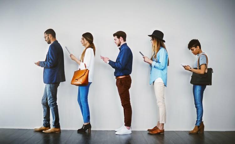 people-line-up-in-queue