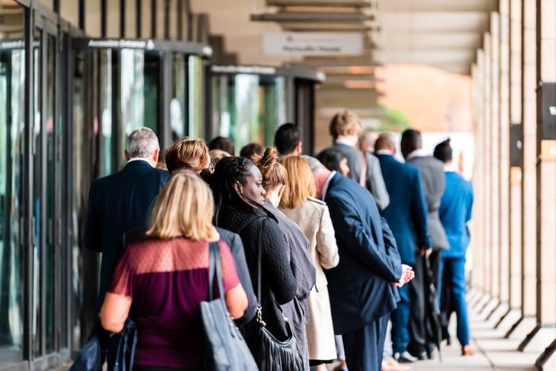 people-lining-up-outside-DMV-office